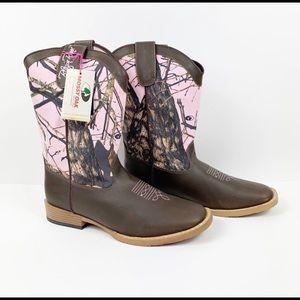 NWT Pink Mossy Oak Women's Western Boots Size 6